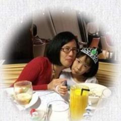 Cressa and Jasmine Kayleigh Chan